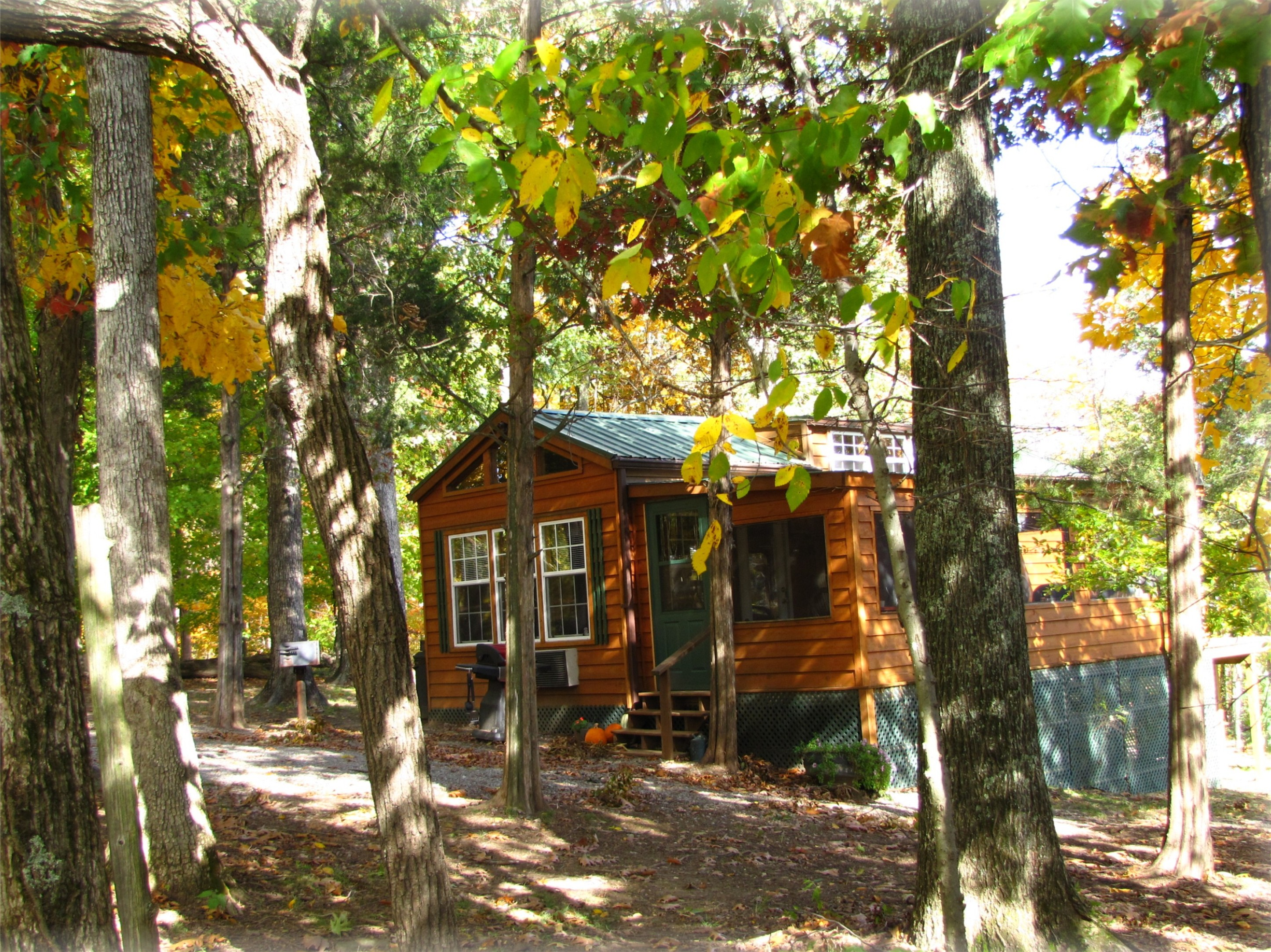 serenity ozarks rentals lake branson usa of west cabins vacation cabin the missouri log